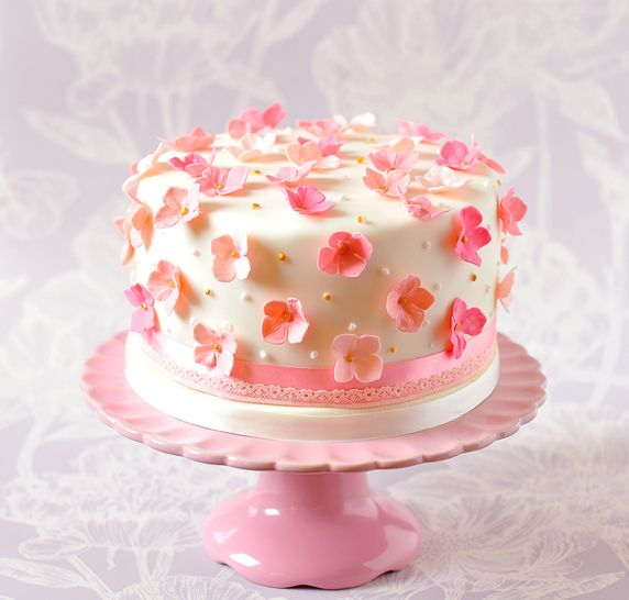 Lovely Little Scattered Pink Flowers Cake