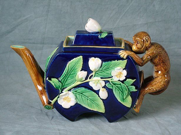 Antiques.com | Classifieds| Antiques » Antique Porcelain & Pottery » Antique Teapots & Tea Sets For Sale Catalog 4