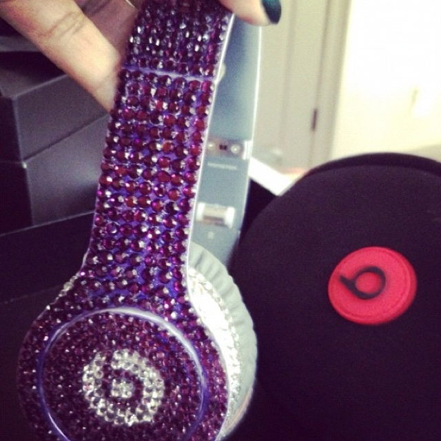 Dre Beats <3 Only pink of course.