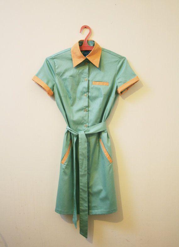 Robe uniforme de la salle à manger style rétro, touche des années 1960 serveuse robe de menthe verte