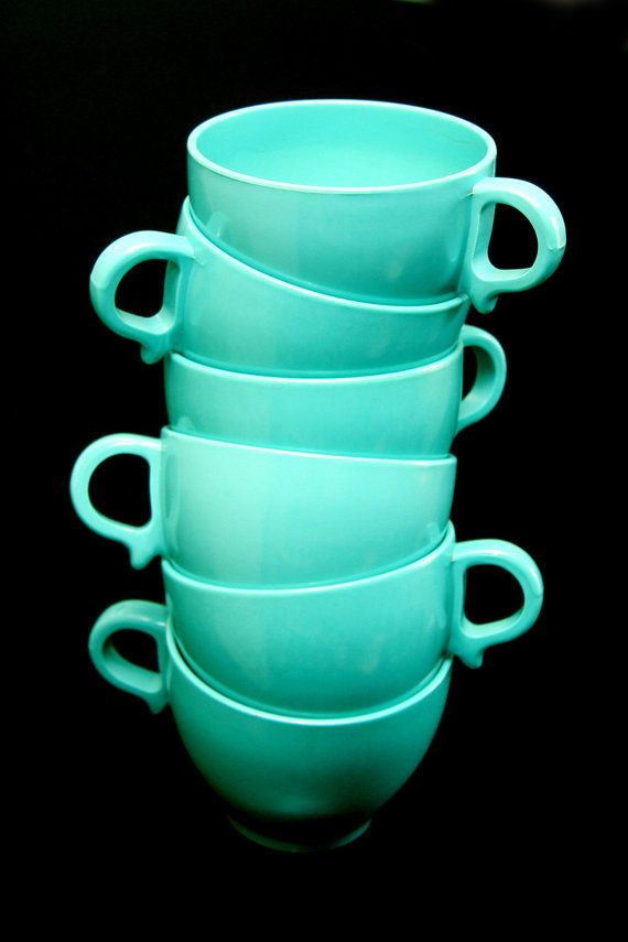 vintage melmac....words really cant express my love for vintage melmac cups and plates....especially in this color!!!!! <3 <3 <3