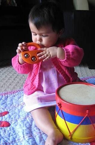 5 Divertidos juegos para bebés de 6 a 12 meses | Blog de BabyCenter