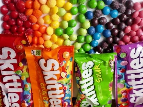these make my mouth water!! i LOOOOOVE skittles.. Especially sour ones (: