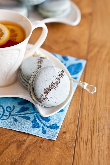 Earl Grey macaronsWhite Chocolate