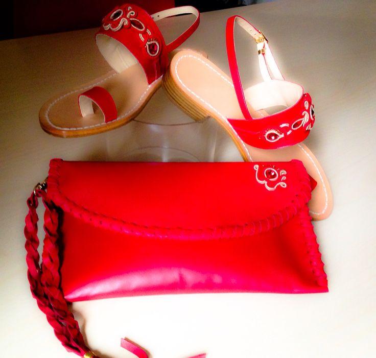 Applicazioni soutache su borse in pelle e sandali capresi....tutto Handmade