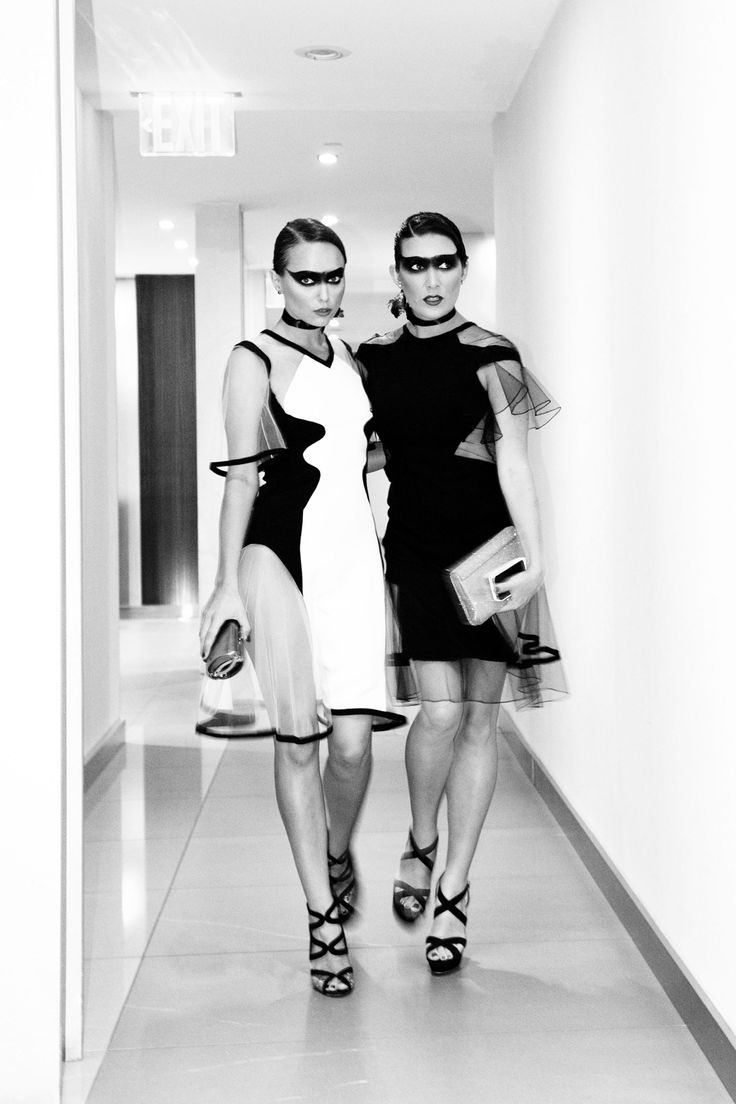 The Glamourai & Jaime Beck rising to Halloween ~ Red shoes No knickers