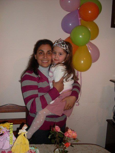 Si la vemos Camy Monetta, un abrazo para tu madre!