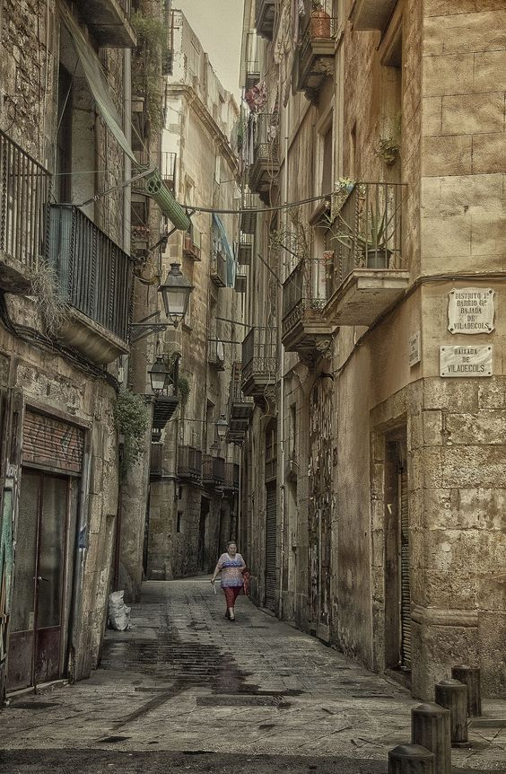 Baixada de Viladecols, Barcelona street. Barcelona España. by Josep Maria Colls Trullen on 500px