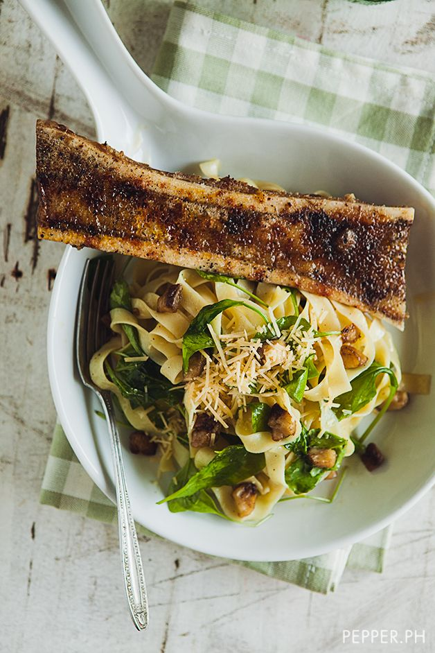 Fit for a King: Chuvaness' Bone Marrow with Roasted Bone Marrow Butter Pasta and Arugula - Pepper.ph
