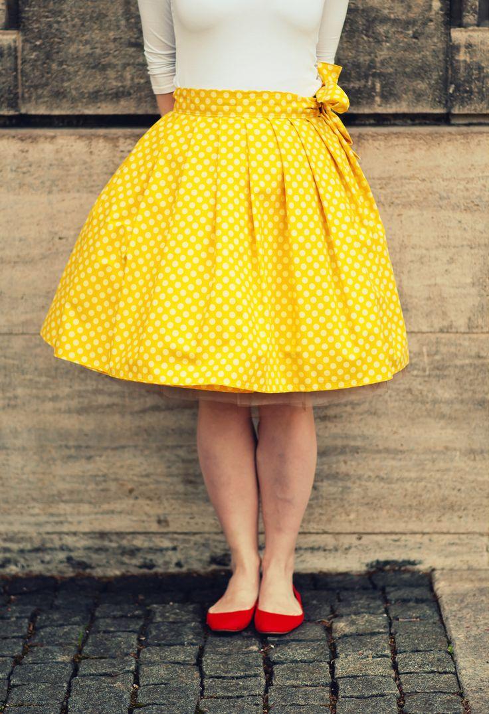 CUPCAKE sukně, zavinovací - žlutá s puntíky
