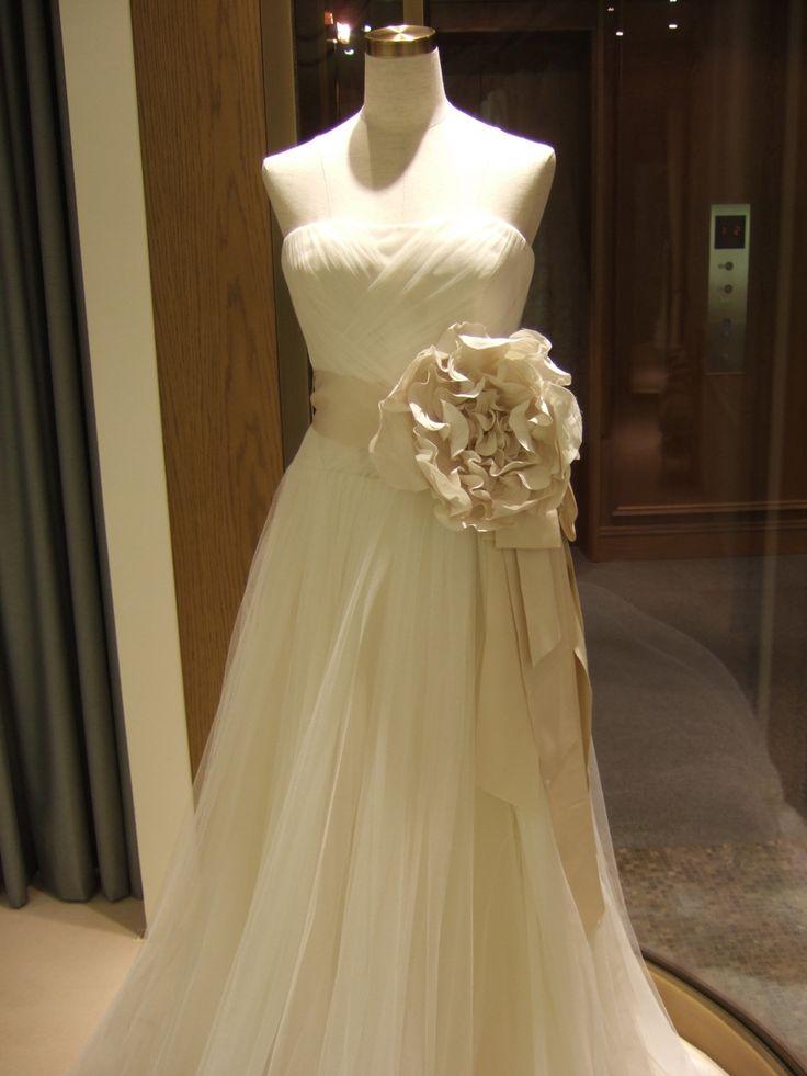 海外ウェディングから火が付いた!サッシュリボンがウェディングドレスのNEWトレンド♡ | 4yuuu! (フォーユー) 主婦・ママ向けメディア