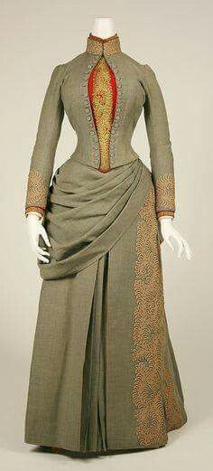 1887 American walking dress.