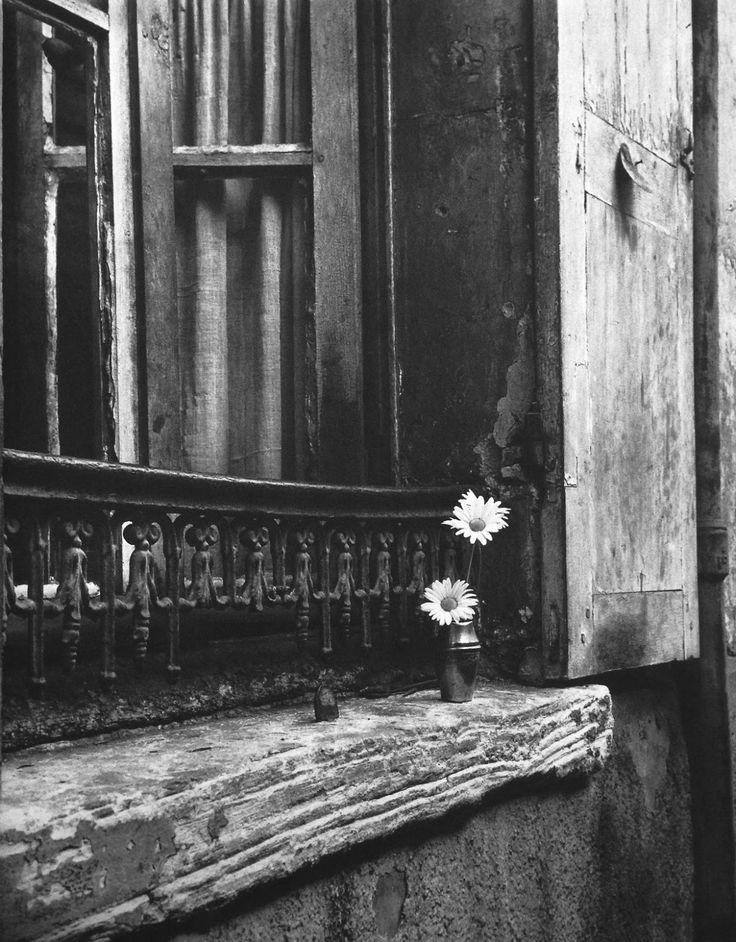 Izis Bidermanas, Paris, 1940s.