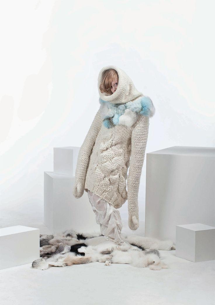 Nina Born and Siff Pristed Nielsen, 24. Kolding School of Design, BA Textiles Graduates 2009.