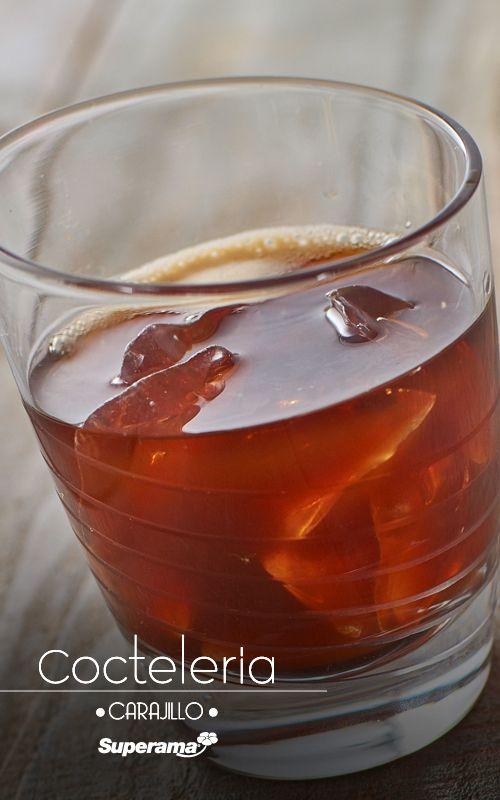 #Carajillo: Se prepara un café exprés en una cafetera italiana con 2 cucharadas de café molido y ½ taza de agua. Se sirve en un vaso old fashion con hielos. Se agrega 2 oz de Licor 43® y se sirve.