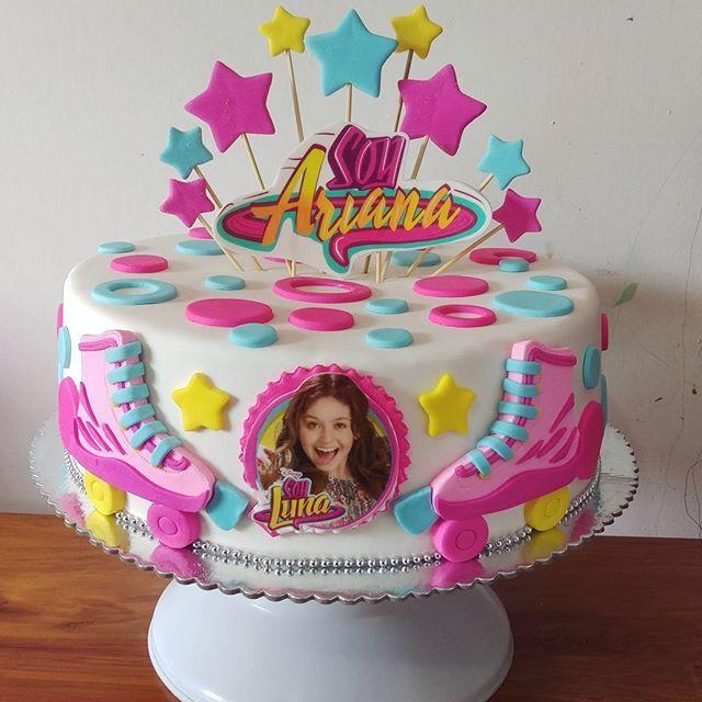 Torta de cumpleaños de Soy luna, la serie favorita de la pequeña Ariana. Gracias a su linda mami.