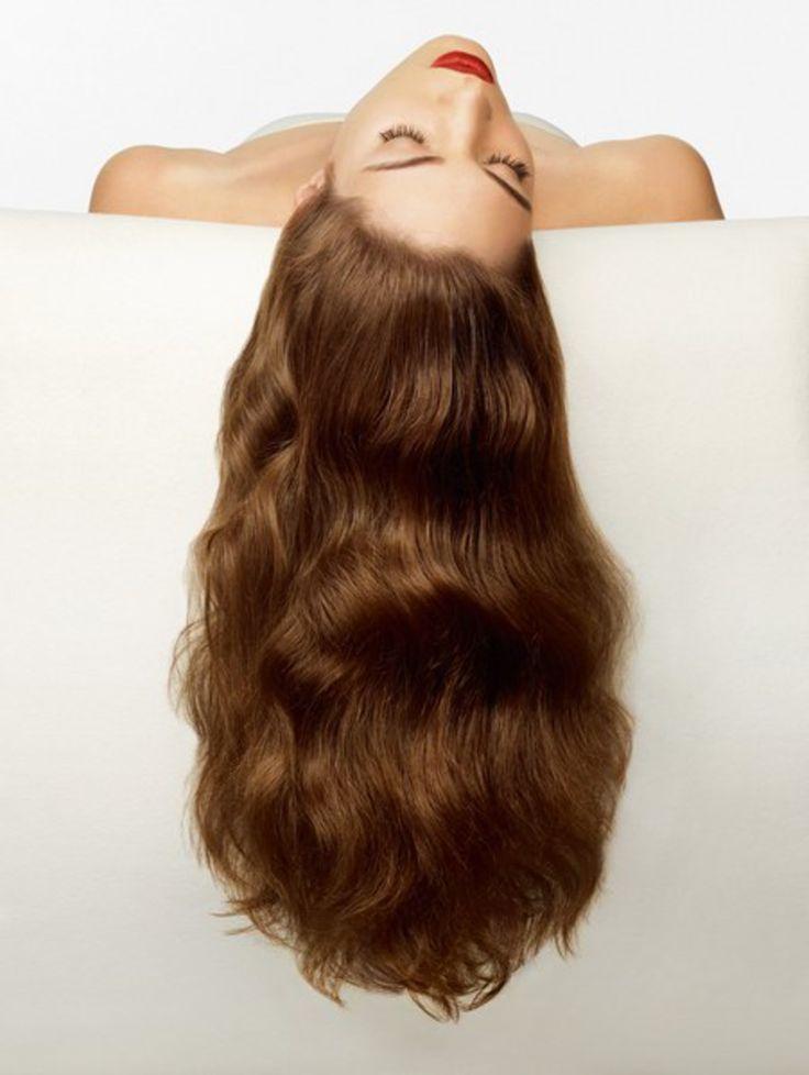 Sprawdzone sposoby, aby włosy rosły szybciej