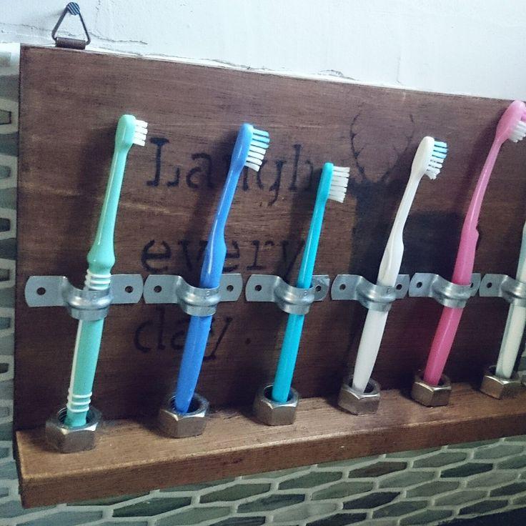 清潔にオシャレに使いたい歯ブラシスタンド!ステキな実例をご紹介し ... DIY
