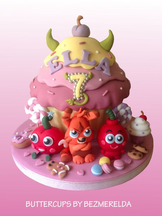 Moshi Monsters giant cupcake - by Bezmerelda @ CakesDecor.com - cake decorating website