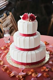 Susannah's Kitchen: 25 Romantic Wedding Cakes ~ For All Seasons
