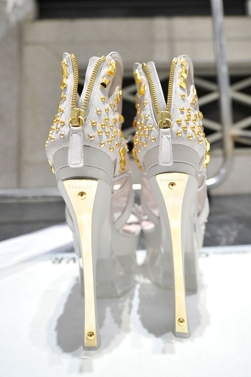 Versace Spring 2012 Shoe Details. Be inspirational  ❥|Mz. Manerz: Being well dressed is a beautiful form of confidence, happiness & politeness