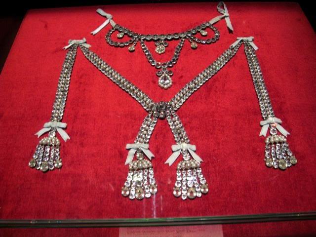 Image result for el affair de collar