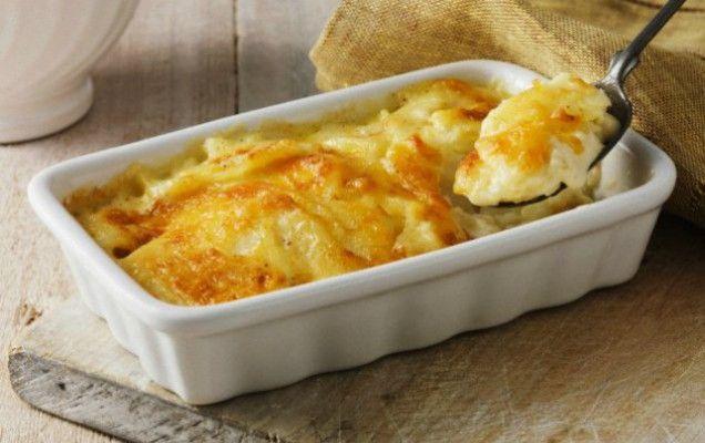Πατάτες+με+μπεσαμέλ+και+γιαούρτι+στο+φούρνο