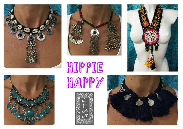 Los collares de Hippie Happy reflejan la joyería tradicional India y Pakistaní, en la que predominan los grandes y coloridos diseños, adornados con mezcla de pedrería, telas y metales. Sin duda, el complemento perfecto para llevar un estilo tan personal como étnico. Si quieres lucir o saber más de estos preciosos complementos, ponte en contacto con nosotras y te contamos más sobre ellos. #modamujer #Cyan #étnico  #hindú #India #Pakistán #HippieHappy #exclusiva #artesanía #collares