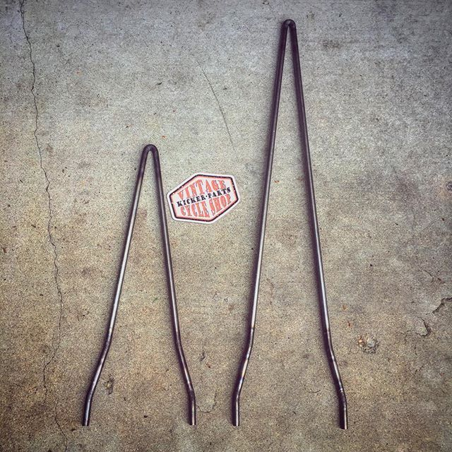 FOR SALE: SOFTAIL SISSY BARS made to order for Shovelheads, Evo's, Sportsters, etc. Available in all heights and styles. I work with round, square and hexagon steel...polished or raw steel. DM or (928) 899-9780. Thanks✌🏻️ #kickerparts #sissybarsrule #sissybars #thechopmeet #chopperswapper #knucklehead #panhead #shovelhead #ironhead #evo #softail #sportster @chopperswapper