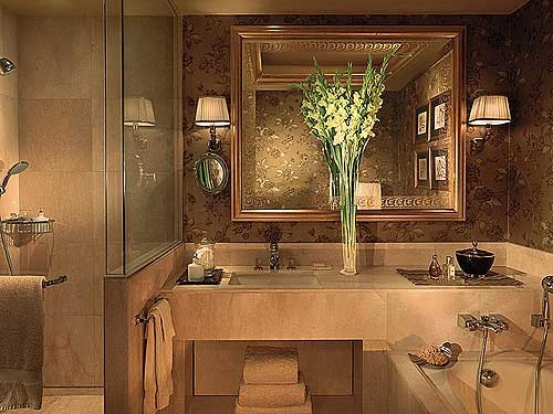 four seasons bathroomjpg 500375 color and design