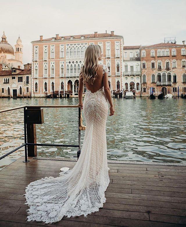Rhiannon Queen Of Hearts Bridal Dresses Rental Wedding Dresses Wedding Silhouette Bridal Dresses