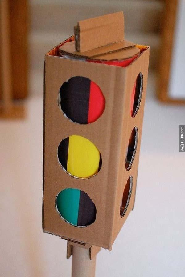 Cardboard stop light