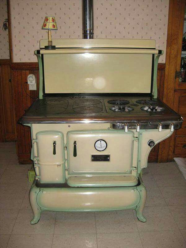 1924 Federal Dual Model F Stove Wood Stove Cooking