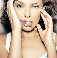 Kylie Minogue - Entertainer