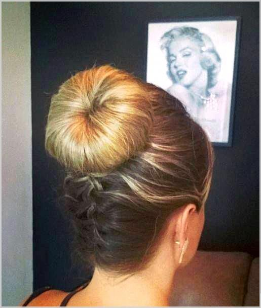 The Low Chignon is really a sleek bridal hair messy bun which seems incredibly beautiful on bridesmaid too. #weddinghairstyles #coolhairstyles #easyha...