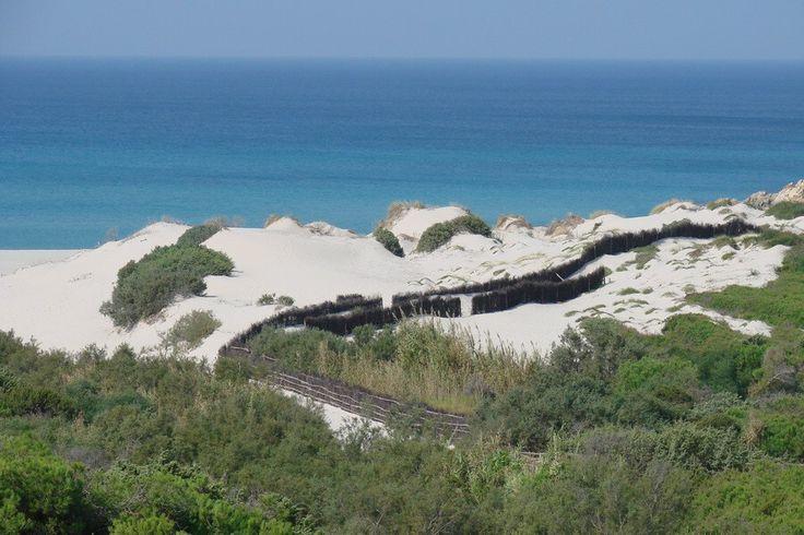 Sardinie - Pohled na pláž Rena Maiore