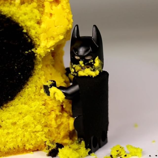 The Icing Artist Lego Batman Cake