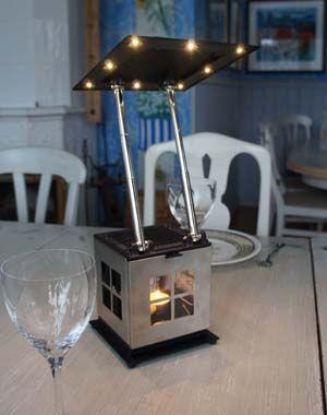JOI Lampa Strömavbrott - 10 värmeljus ger 40 tim. läsbelysning 1560 kr  #gårdyes #gardyes #gorgeous #caframo #eco #presenter #julklappar #unik