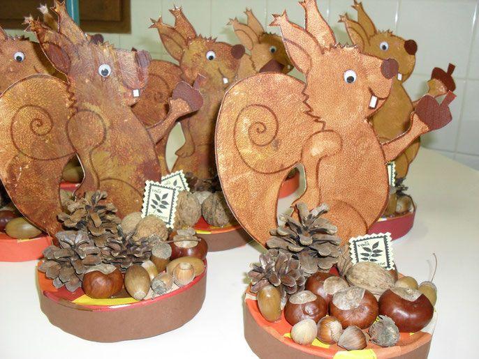 art plastique l'automne | écureuil fait ses provisions :