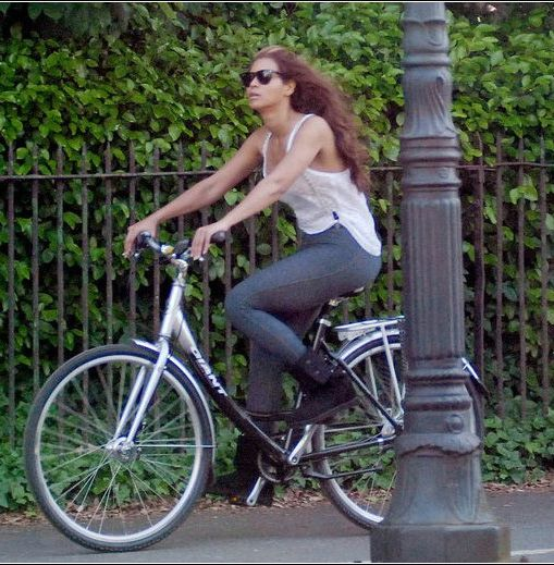 Beyonce Riding Her Bicycle Around Like Shes A Normal
