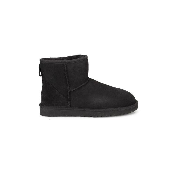 Black Ugg Classic Mini Boots