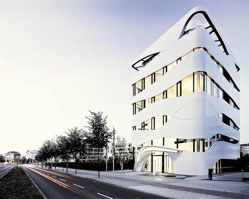 Berlin Science Center Medizintechnik by aspheric.org, via Flickr