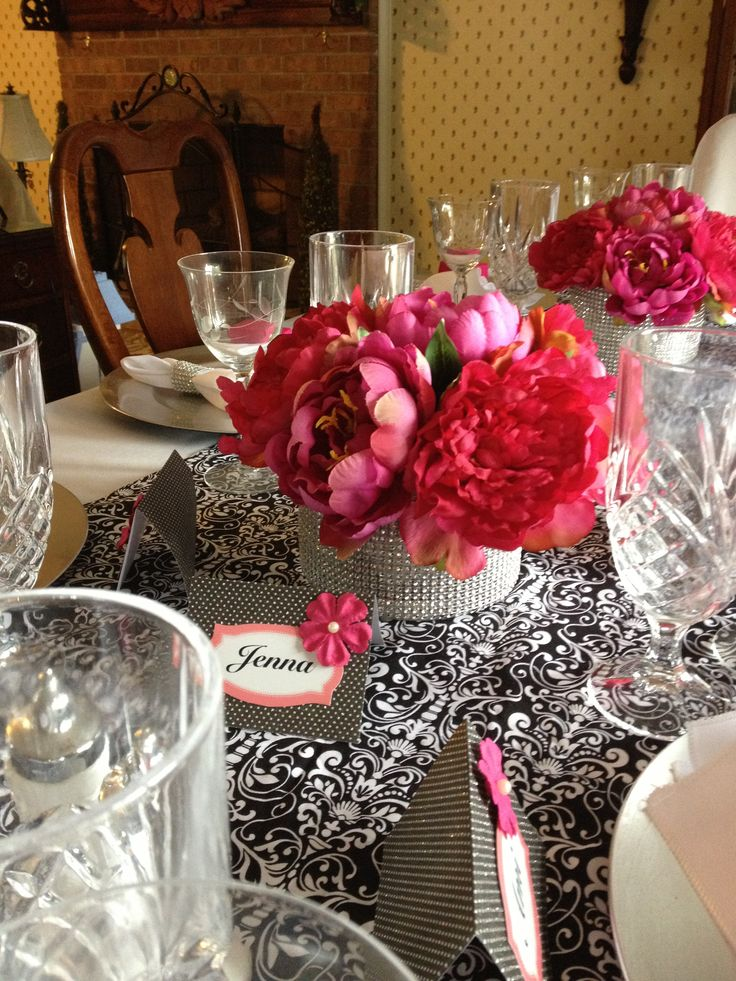 Best 25 Bling Centerpiece Ideas On Pinterest Bling Party Bling Wedding Centerpieces And