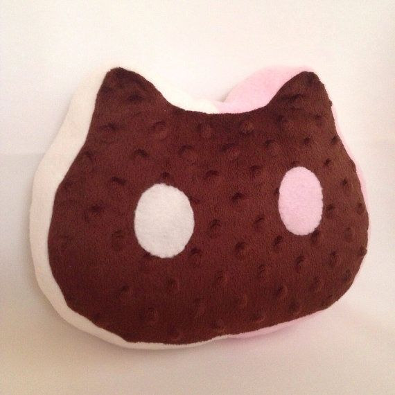 cookie cat pillow>> I NEED one