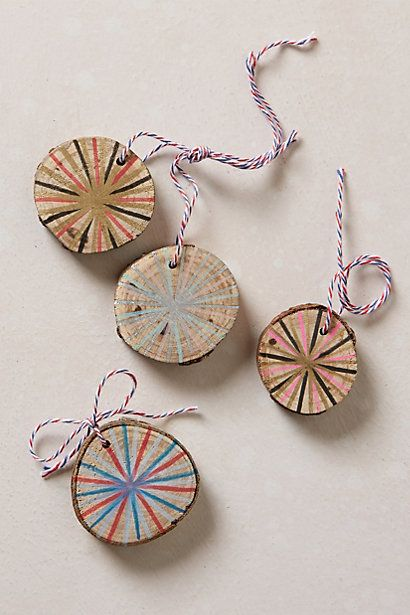 Wouldn't this be fun with small cedar rounds, made to look like Christmas mints? Neat little gift decorations, perhaps.