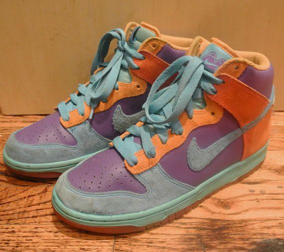 Size 8 Size 9 Vintage Nike 6.0 Sneakers by ShopBetsysBoutique, $72.00 /// www.art-by-ken.com