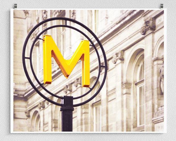 paris metro hours bastille day