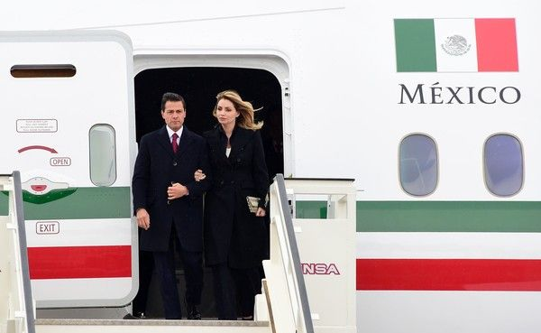 Angelica Rivera Photos Photos - Mexican President Enrique Pena Nieto and his wife Angelica Rivera arrive for a state visit to Germany at Tegel airport in Berlin on April 10, 2016. / AFP / TOBIAS SCHWARZ - Mexican President Enrique Pena Nieto on Visit to Germany