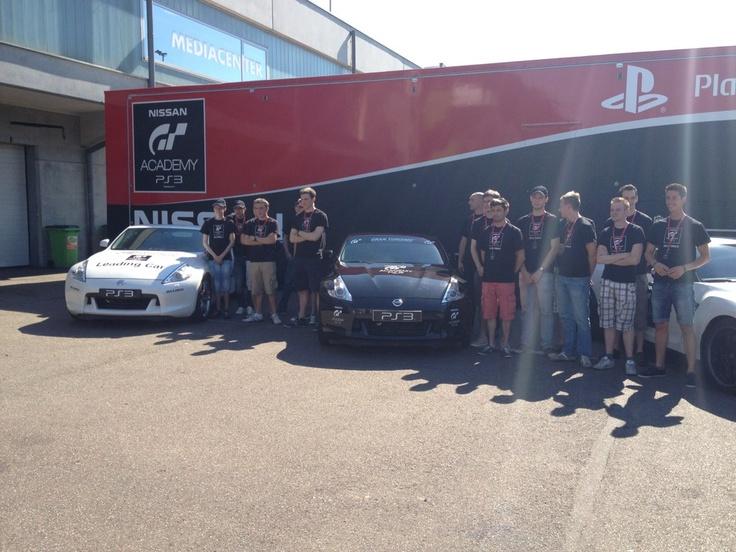 Groepsfoto van de finalisten uit België & Luxemburg op dag 1 (via http://www.GTHQ.nl )