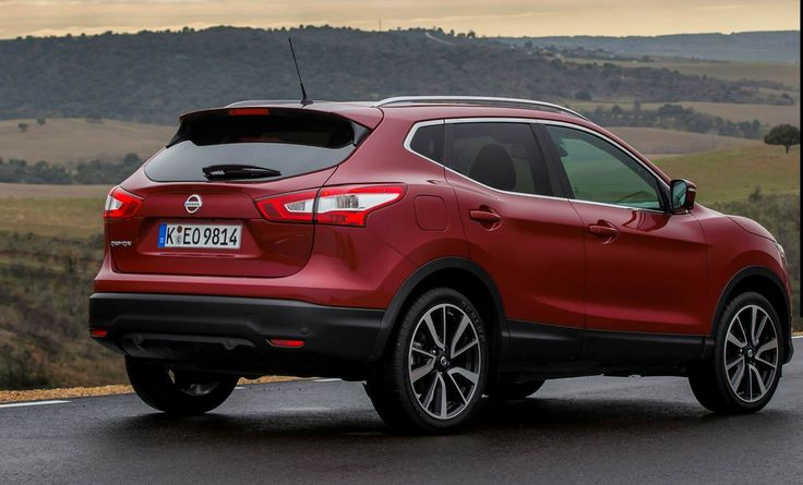 Nissan has unveiled a new version of the Qashqai crossover model for 2014 year. This model is one of the 10 best-selling cars in 2012.   Design of 2014 Nissan Qashqai  The car has a new grille and attractively designed LEDs in the main Lights. A